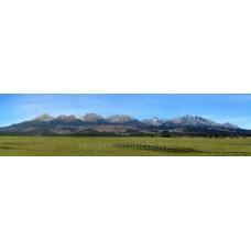 A Magas-Tátra hegylánca dél felől (ősz)