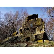 Sziklaformák a Sas-kő gerincén